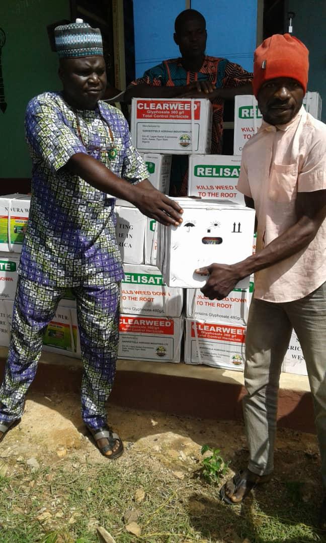 Kwara Deputy Speaker Provides Agro Chemical To 150 Farmers