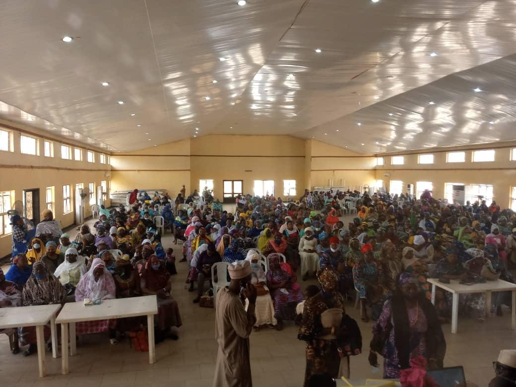 Joy, as 500 Kwara petty traders receive FG conditional cash transfer