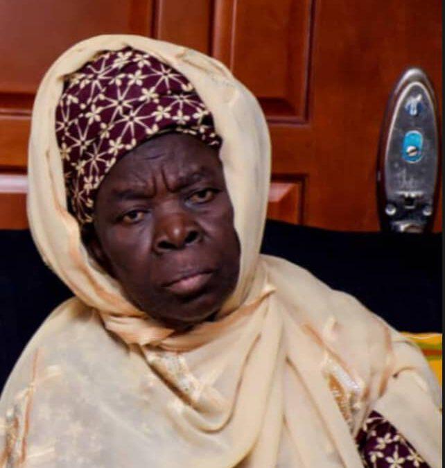 Bolaji Abdullahi loses mum